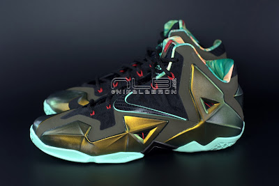 lebron11 king of the jungle 02 web dark LEBRON 11 Breakdown: Yes, its True to Size & Yes, its the Lightest LBJ Sig!
