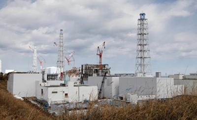The-crippled-Fukushima-Daiichi-nuclear-power-plant-in-Okuma-Fukushima-prefecture-as-of-February-2012_