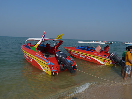Vacanta Thailanda: barci Pattaya