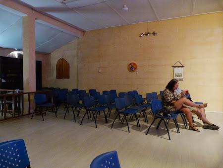 Obiective turistice Nicosia: spectacol dervisi rotitori