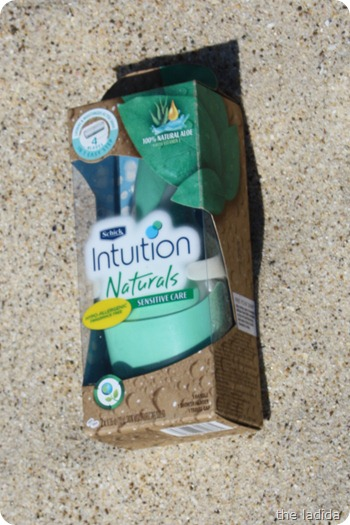 Summer Beauty Essentials - Schick Intuition Naturals