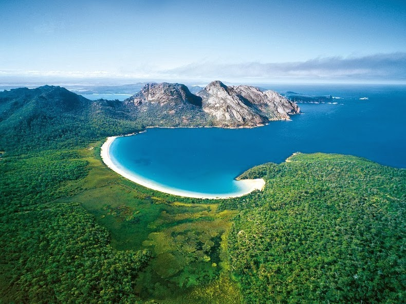 wineglass-bay-1