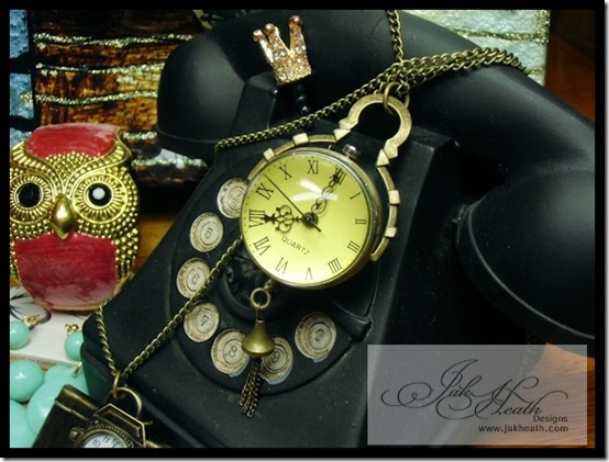 Vintage wall clock necklace