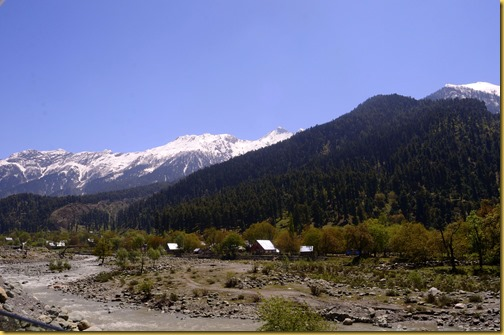 kashmir river snow capped mountains photo , srinagar river snow capped mountains photo