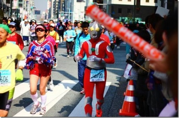 tokyo-marathon-costumes-37