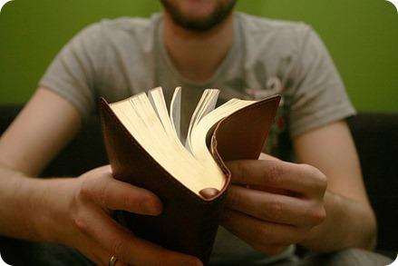 LEER LA BIBLIA EN UN AÑO PLANES GRATUITOS GRATIS