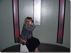 2012.09.02-024 Stéphanie au périscope