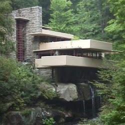 11.- F. Lloyd Wright. Casa de la Cascada