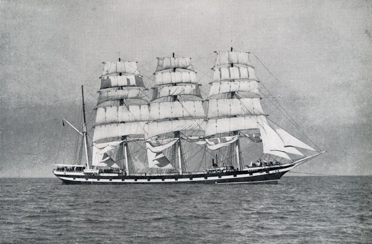 The MEDWAY leaving New York. Lent by Captain J. Fitzpatrick. Del libro THE LAST OF THE WINDJAMMERS.JPG