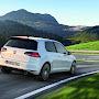 2014-VW-Golf-GTI-2.jpg
