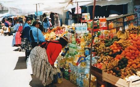 05. Piata de legume din Puno.jpg