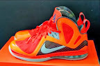 nike lebron 9 ps elite lebron pe galaxy 3 04 Closer Look at Nike LeBron 9 P.S. Blue Flame and Tennis Balls PEs