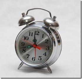 1177227_vintage_alarm_clock