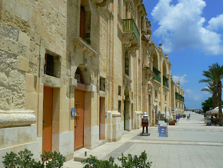 Malta pictures: Floriana, the restaurants area of Malta