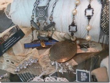 roses & rustics jewelry