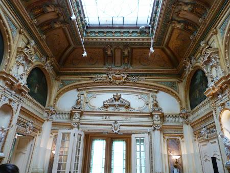 0. Palatul Cesianu - Racovita.JPG