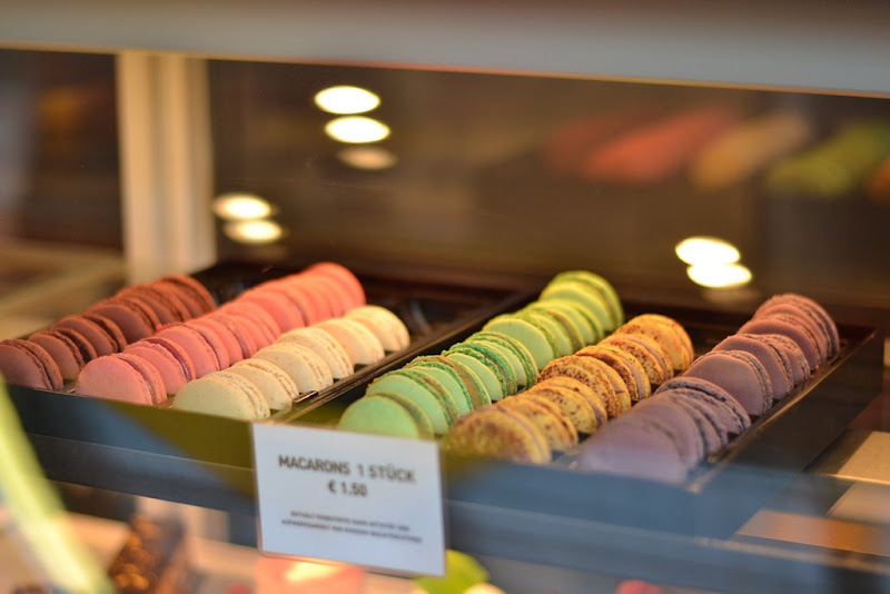 Macarons, food,
