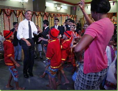 barack-obama-michelle-obama-india-dance-110710jpg-b5d25129c47d6839
