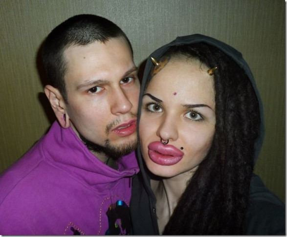 worlds-largest-lips-6