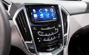 2013-Cadillac-SRX-2