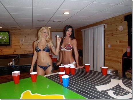 girls-beer-pong-050