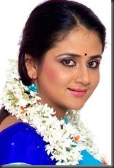 pavithra-in-saree