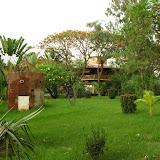 Maison particulière à lintérieur du complexe de Teriya Bugu