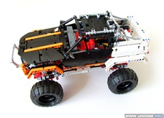 Lego-9398-Review-Side