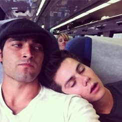 Dylan-OBrien-and-Tyler-Hoechlin-aka-Sterek-gay-lovers-02