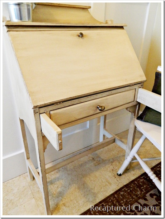 secretary's desk 014a