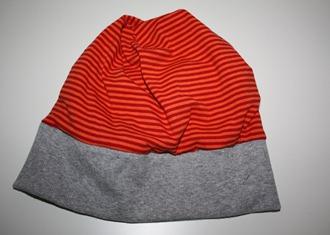 Mütze gestreift