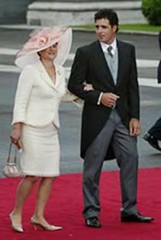 Miguel Indurain junto a su esposa