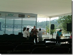 IMG00140-20110525-1102