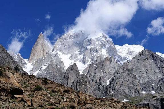 Karakoram's Hunza and Lady Finger peaks. Unlike the rest of the Himalayas, which are losing mass, the Karakoram glaciers seem to be holding steady or even gaining ice, finds a new study. Takayuki Hayato / Shutterstock