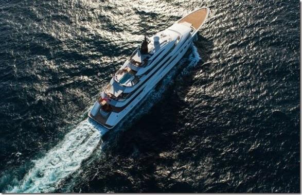 yacht-rental-rich-002