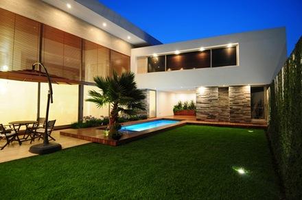 paisajismo-piscina-casa-ev-ze-arquitectura
