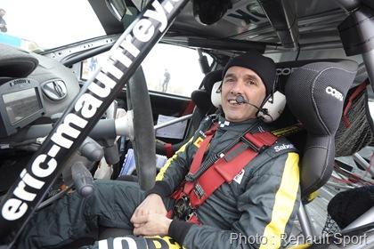 MOTORSPORT - CHAMPIONNAT DE FRANCE  DES RALLYES 2012 - RALLYE DU TOUQUET PAS-DE-CALAIS - LE TOUQUET (FRA) -  16 TO 18/03/2012 - PHOTO : GREGORY LENORMAND / DPPI -  MAUFFREY ERIC - HOUSSIN GAËTAN - RENAULT CLIO R3 - AMBIANCE PORTRAIT