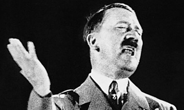 Adolf-Hitler-giving-a-spe-008