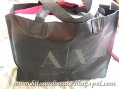 armani-bag-by-bitsandtreats_thumb5_thumb[1]