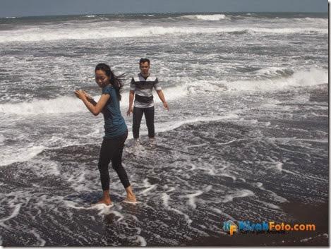 Ombak Pantai Baru Bantu Kisah Foto_02