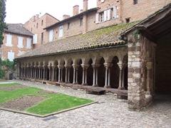 2009.05.21-038 cloître Saint-Salvi