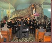 PRESENTACION CORO UNAP LUNES 27 DE MAYO GRUTA CAVANCHA (40)