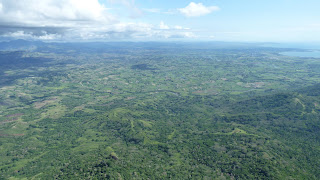 Blick von Mt. Batilamu; Wanderung im Koroyanitu National Heritage Park.