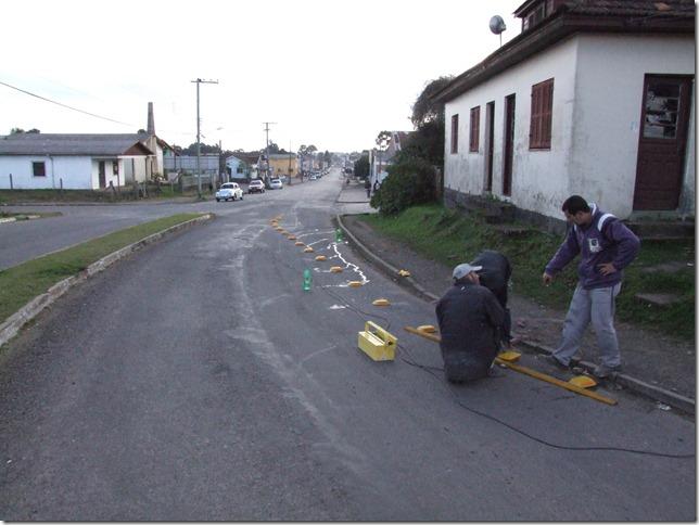 Rua Benjamin Constant recebe redutor de velocidade