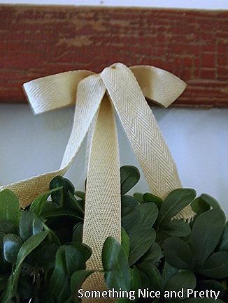 Boxwood wreath 003