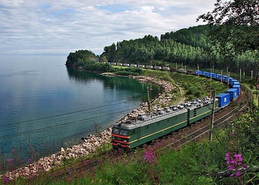 VL_85-022_container_train