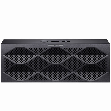 dezeen_Mini-Jambox-by-Jawbone_1sq.jpg