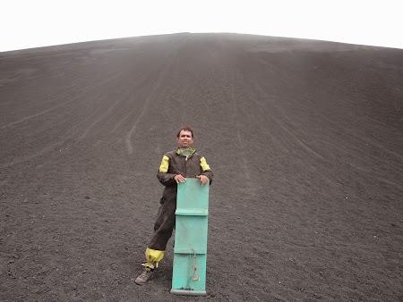 06. Cerro Negro boarding.JPG