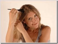aplicación con brocha en cabello