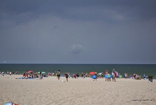 The sky is getting pretty dark -- everybody is leaving the beach!
